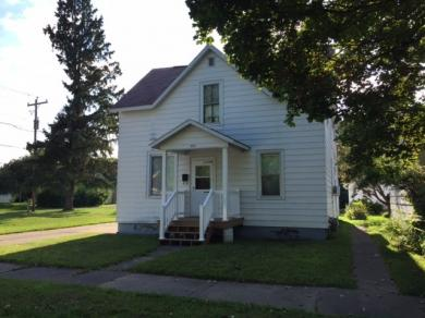 627 6th, Iron River, MI 49935