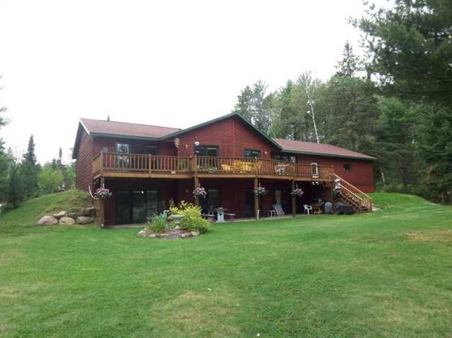 5782 N River Forest, Florence, WI 54121