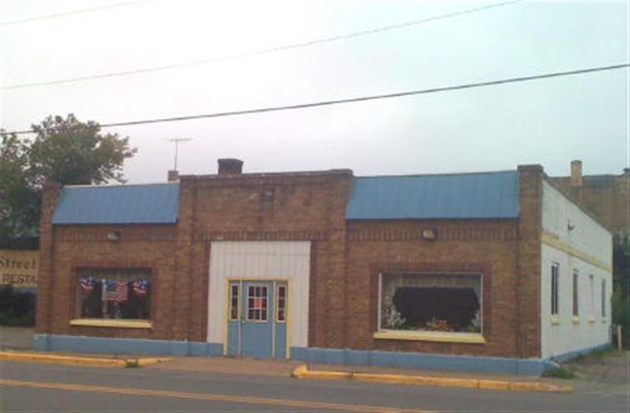 331 W. Genesee Street, Iron River, Michigan - Commercial