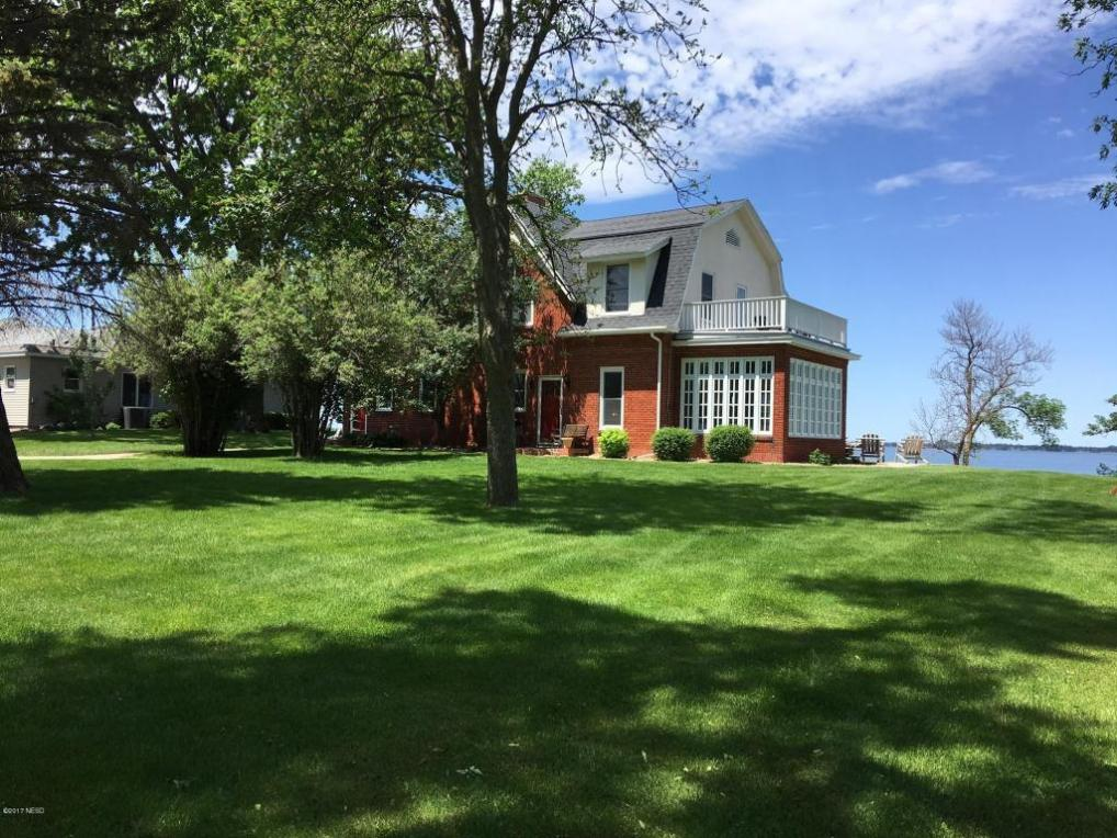 400 S Lake Drive, Watertown, SD 57201