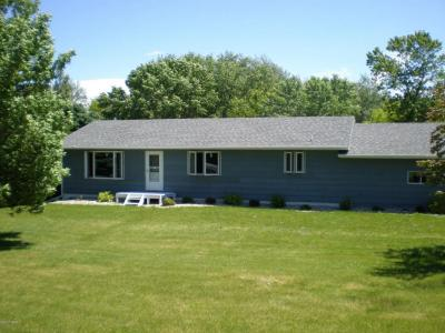 Photo of 1035 N Smith Street, Clark, SD 57225