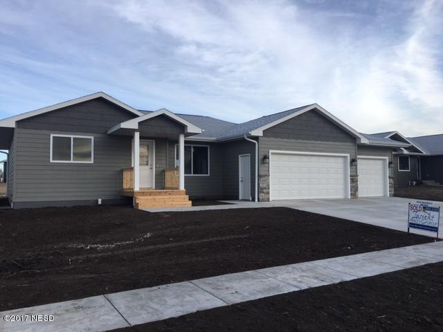 2607 10th Avenue NE, Watertown, SD 57201