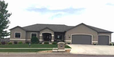 Photo of 606 Crystal Court NW, Watertown, SD 57201