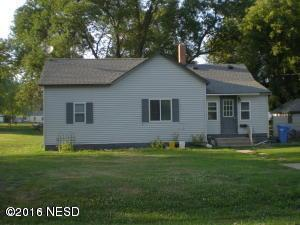 204 7th Avenue NE, Clark, SD 57225