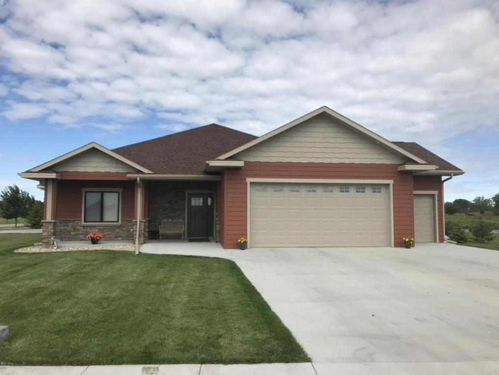 311 Prairie Hills Circle, Watertown, SD 57201