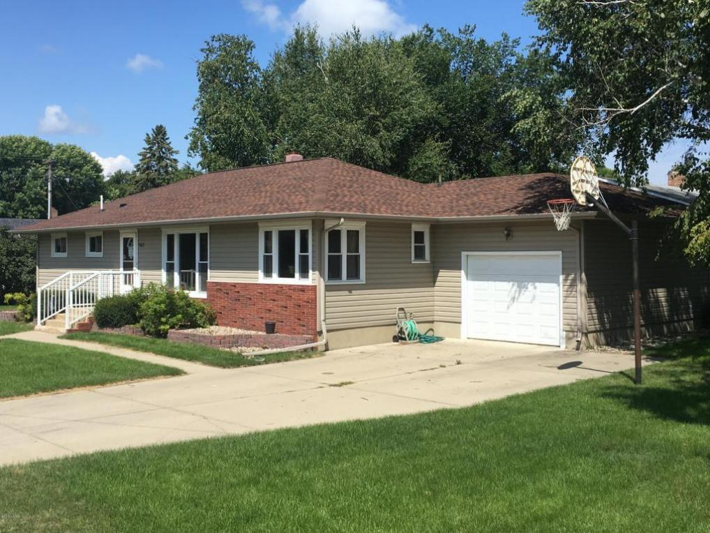 507 E 8th Avenue, Milbank, SD 57252