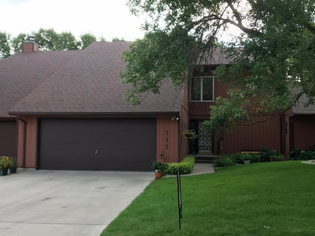 111 Summerwood Drive, Watertown, SD 57201