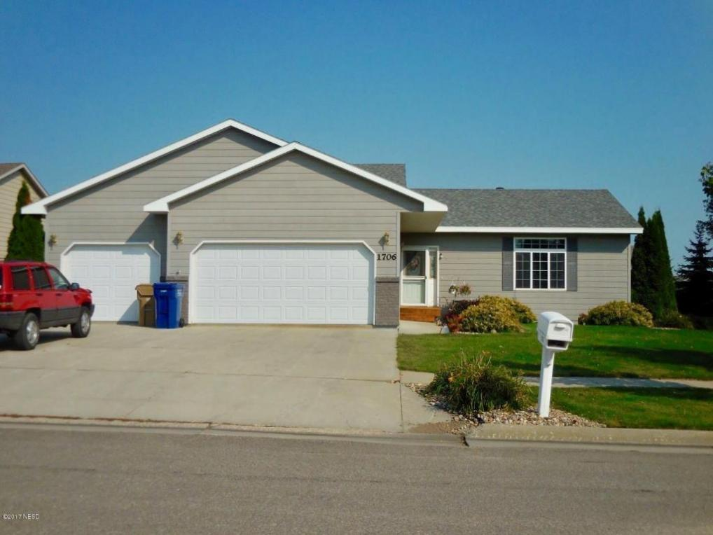 1706 8th Street NE, Watertown, SD 57201