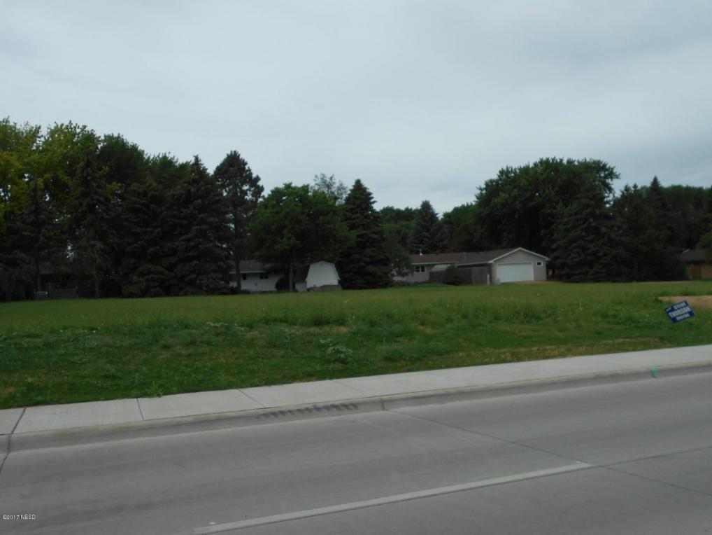 4th Street NE, Watertown, SD 57201