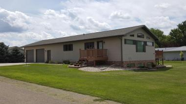 502 Mayberry, Milbank, SD 57252