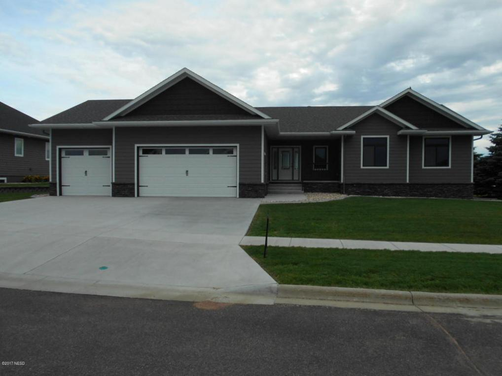 623 Crystal Court, Watertown, SD 57201