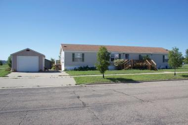 2334 10th Avenue SW, Watertown, SD 57201