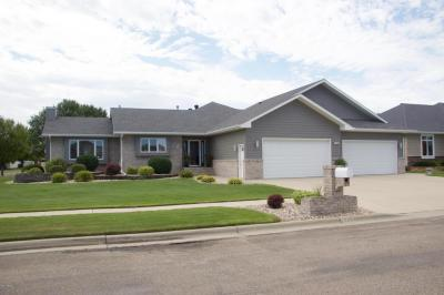 Photo of 1616 13th Avenue NE, Watertown, SD 57201