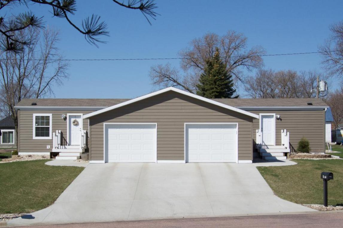 415/417 Kampeska Boulevard, Watertown, SD 57201