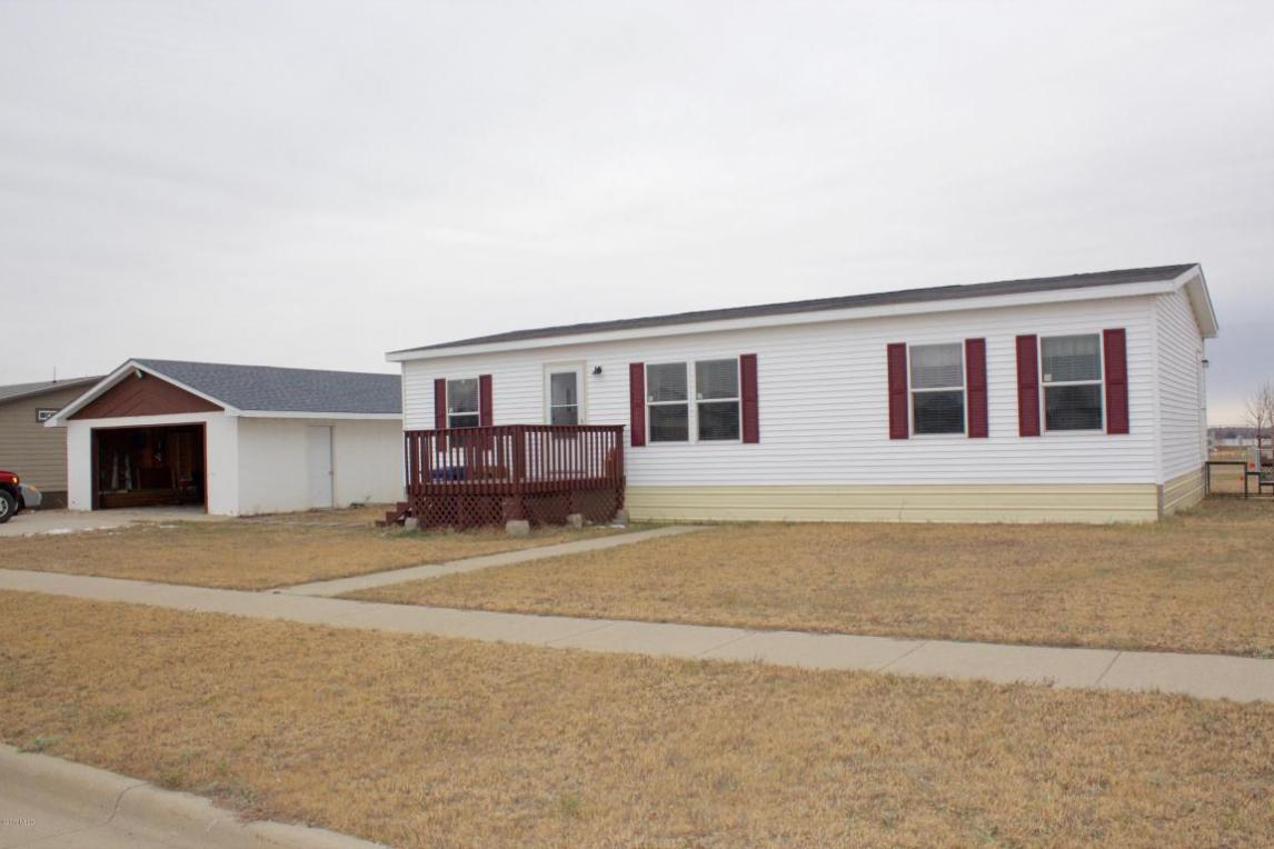 2318 10th Avenue SW, Watertown, SD 57201