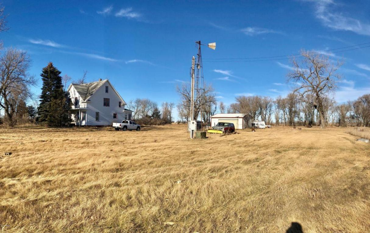 45264 165th Street, Watertown, SD 57201