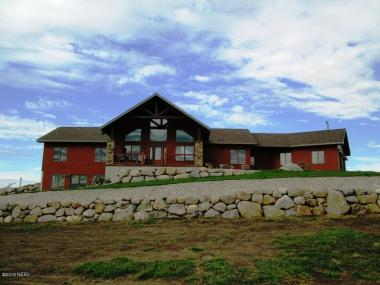 17251 449th Ave, Watertown, SD 57201