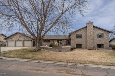 Photo of 1309 Sunset Street NW, Watertown, SD 57201