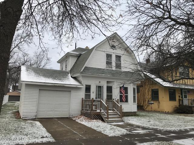 117 7th Street SE, Watertown, SD 57201