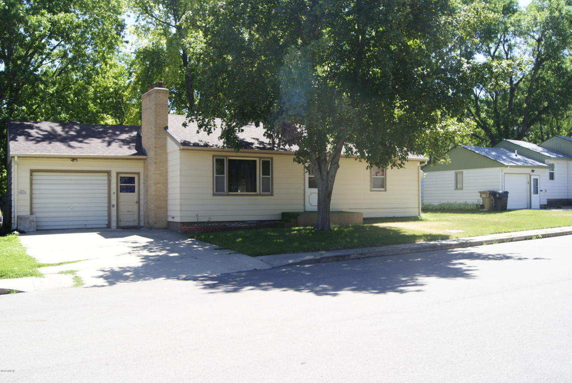 SOLD Home for Sale.  1120 Mayfair Drive, Watertown, SD 57201