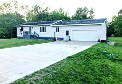 219 1st Avenue, Goodwin, SD 57238