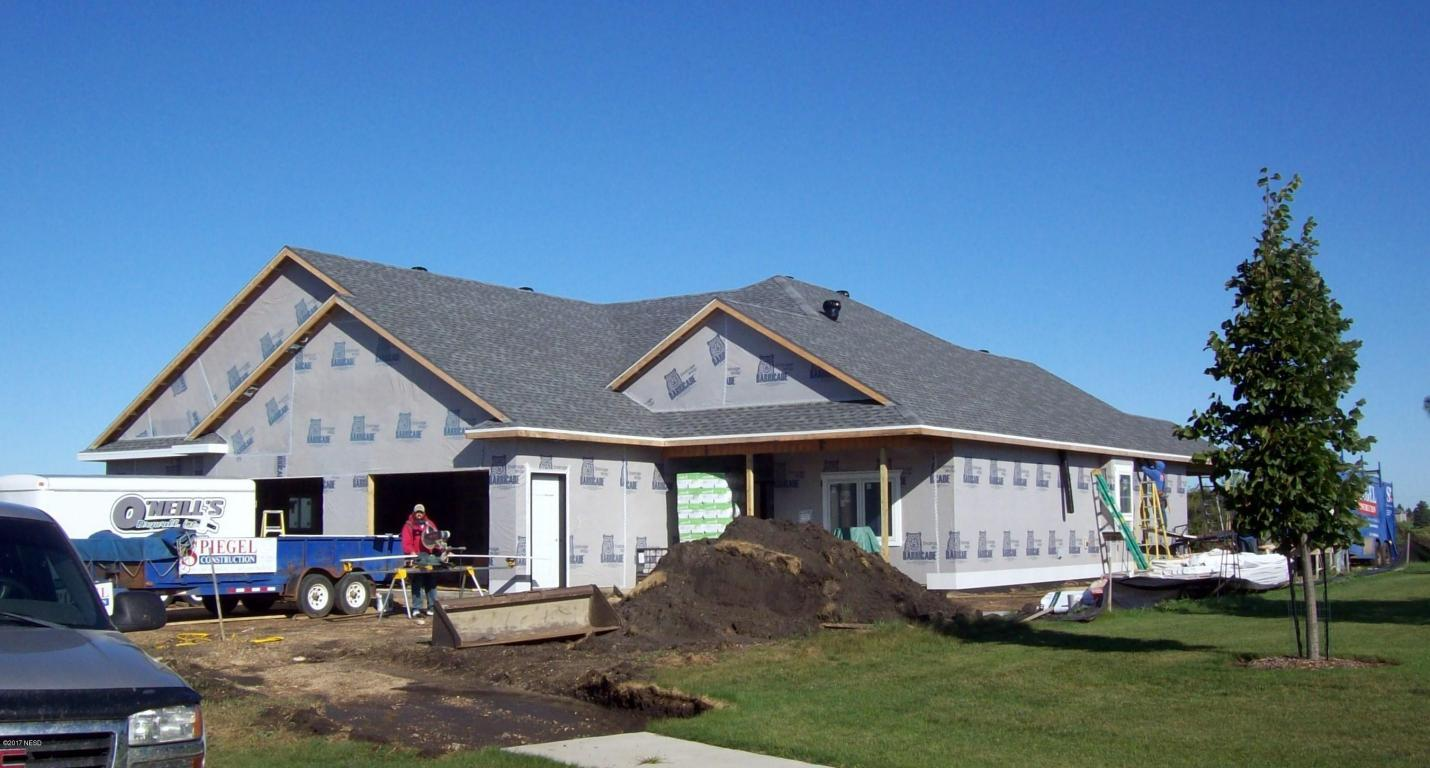 Beautiful new construction home!  3325 12TH AVENUE NW, Watertown, SD 57201