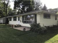 521 4th Street NW, Watertown, SD 57201