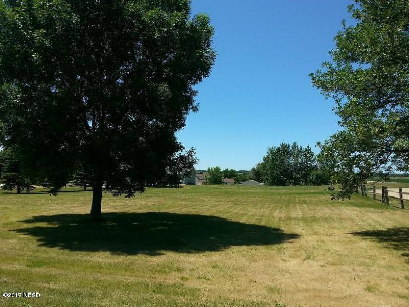 N 2nd Avenue, Castlewood, SD 57223