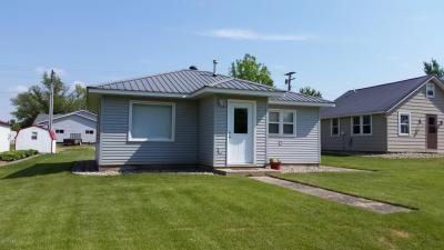 Photo of 404 Main Street, Castlewood, SD 57223