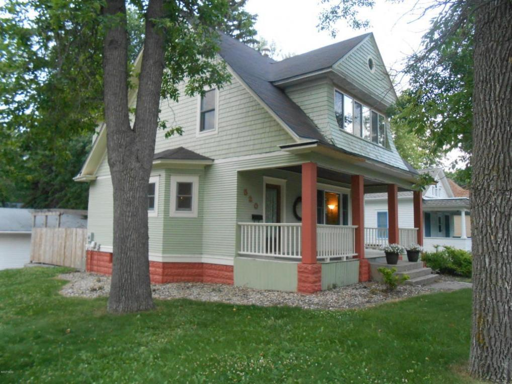 520 N Broadway Street, Watertown, SD 57201
