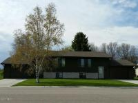 908 E. 9th Avenue, Milbank, SD 57252