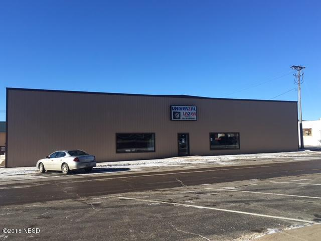 15 1st Street NW, Watertown, SD 57201