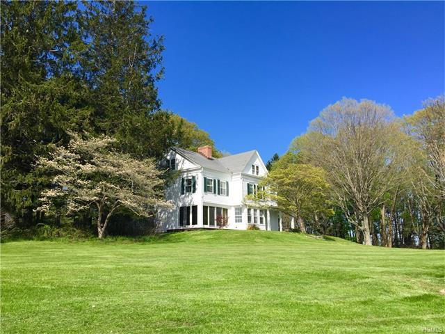 925 Old Quaker Hill Road, Pawling, NY 12564