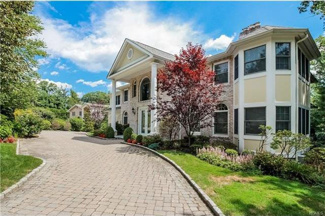 124 North Lakeshore Drive, Eastchester, NY 10709