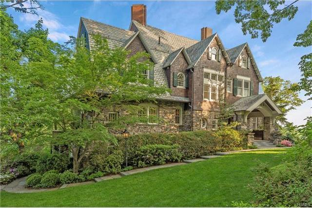 6 Chestnut Avenue, Eastchester, NY 10708