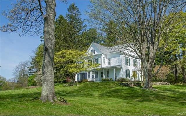 925A Old Quaker Hill Rd Road, Pawling, NY 12564