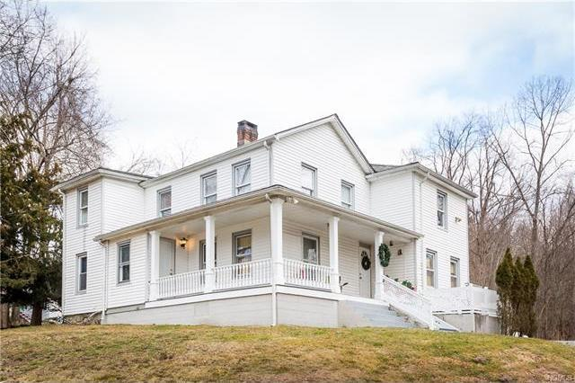 8 Out Of The Woods, Carmel, NY 10541