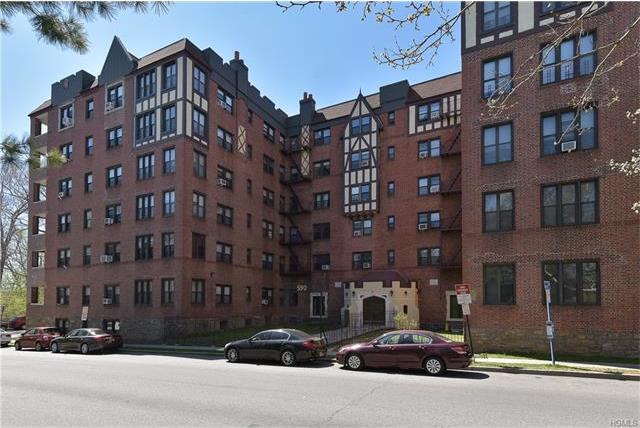 590 East Third Street #4l, Mount Vernon, NY 10553