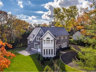 Photo of 360 Pondfield Road, Eastchester, NY 10708