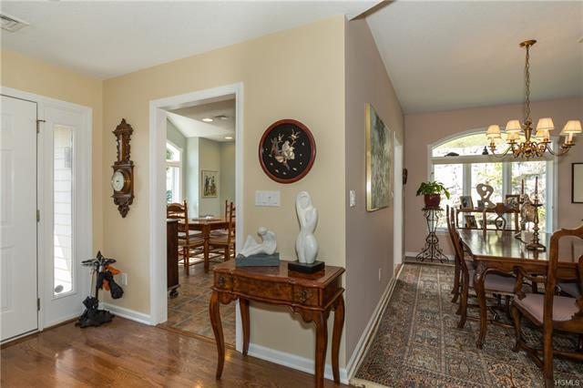 886 Heritage Hills, Somers, NY 10589