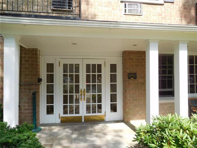 3 Consulate Drive #2-g, Eastchester, NY 10707