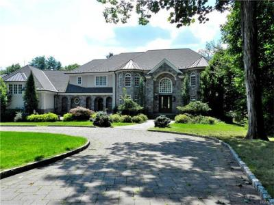 Photo of 430 South Mountain Road, Clarkstown, NY 10956
