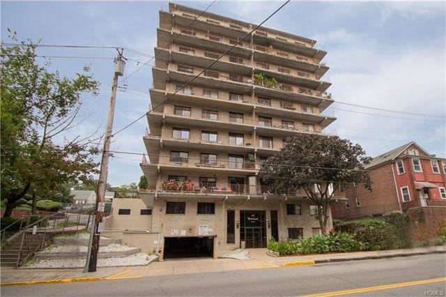 687 Bronx River Road #6g, Yonkers, NY 10704