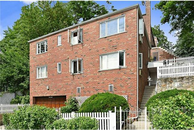 240 West 256th Street, Bronx, NY 10471