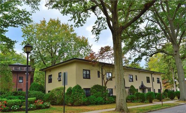 1197 California Road ##3, Eastchester, NY 10709