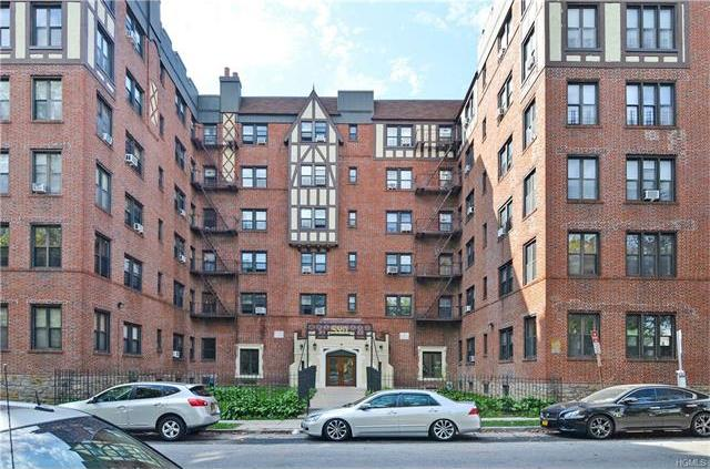 590 East 3rd Street #4m, Mount Vernon, NY 10533