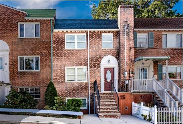 15 Old Jerome Avenue, Yonkers, NY 10704