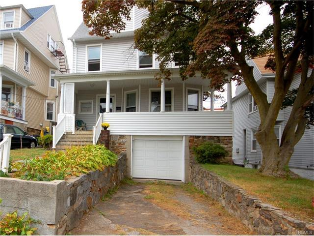 15 Colonial Place, New Rochelle, NY 10801