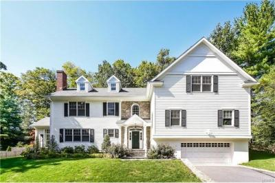 Photo of 207 Fox Meadow Road, Scarsdale, NY 10583
