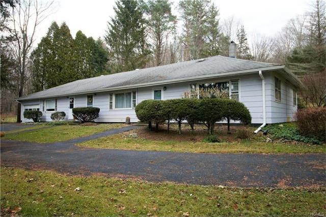 1046 North Horsepound Road, Kent, NY 10512